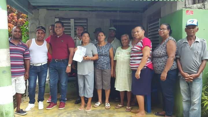 Alcalde de Castillo Entrega Presupuesto Participativo a la Comunidad del  Cruce Los Lanos.